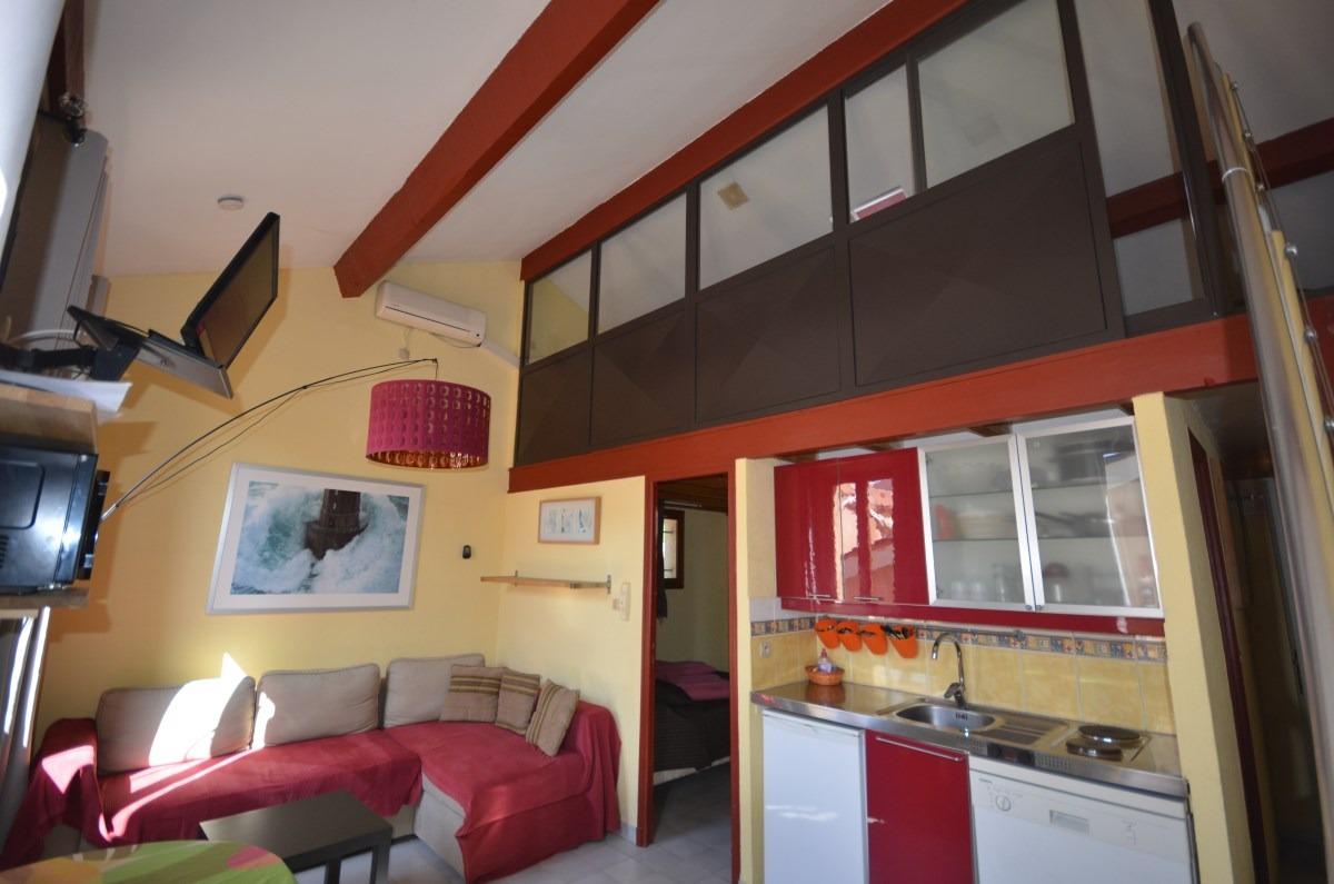F1 mezzanine sans terrasse Porquerolles le village