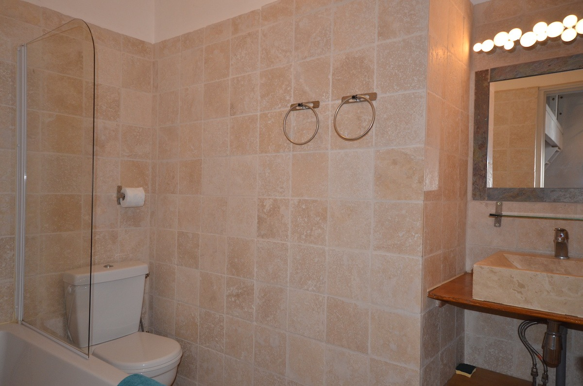 salle de bain studio terrasse porquerolles