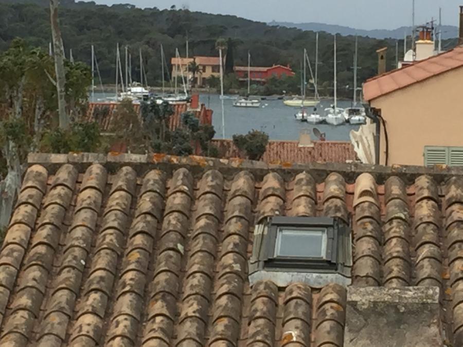 Studio terrasse sur le toit Le clos des Galéjades Village Porquerolles