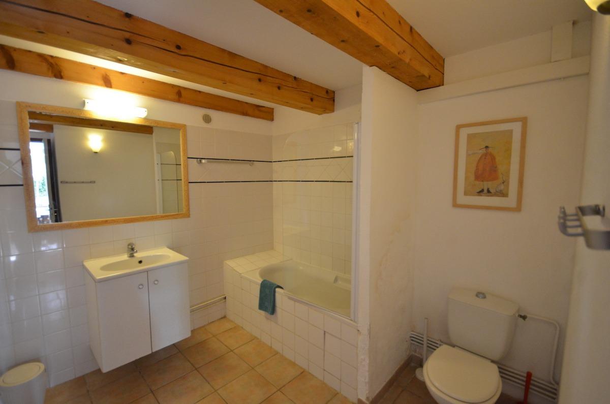 Location appartement T2 porquerolles var la salle de bain